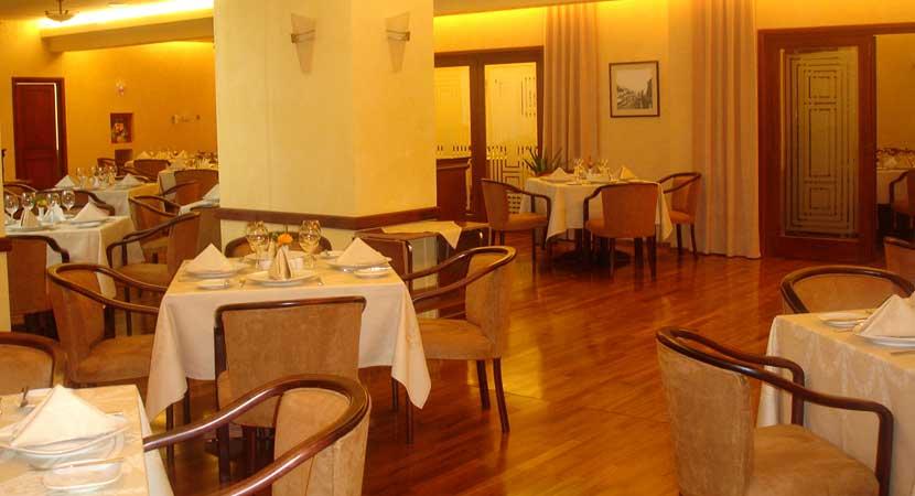 Restaurantes - Equipamiento, Suministros y Mobiliario