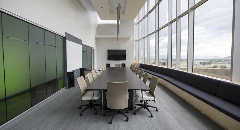 Oficinas - Equipos, Suministros y Muebles