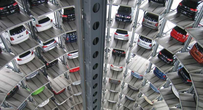 Garajes y estacionamiento