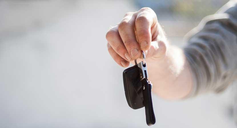 Concesionarios de automóviles nuevos