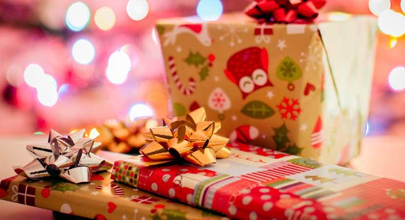 Tarjetas de papelería y papel de regalo